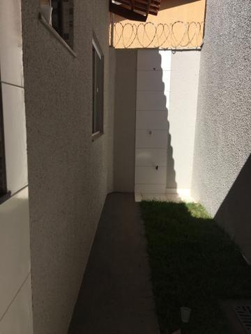Carolina Parque Casa com varanda na frente com dois quartos sendo um suíte com ducha - Foto 8