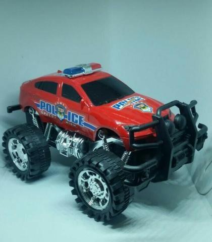 Carro de brinquedo +3
