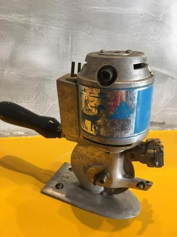Máquina de corte para tecido