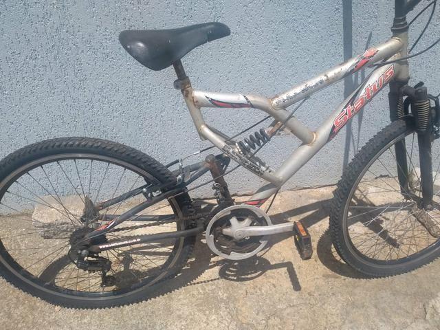 Bike suspensão no quadro e garfo - Foto 3