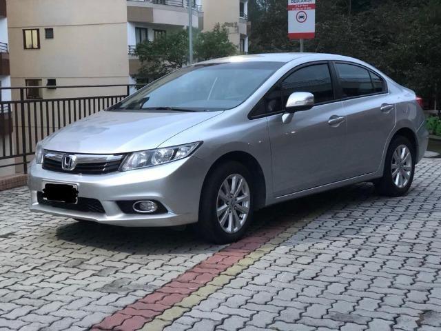 Única dona - Civic 2.0 LXR automático 2014 - Foto 9