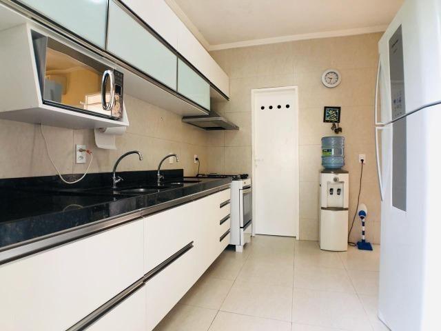 CA0923 - Casa plana com 3 suítes, dependência e lazer completo em condomínio fechado - Foto 8