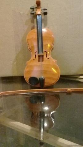 Violino de brinquedo a pilha Funcionando - Foto 3