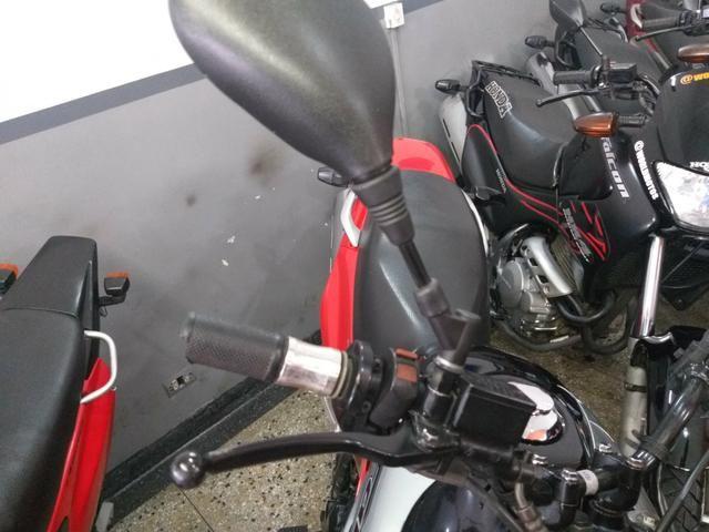 Honda nx4 falcon 2005 troco por moto de menor cilindrada - Foto 3
