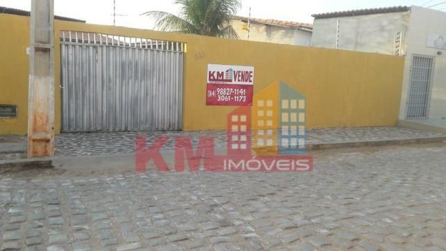 Vende-se casa com Piscina no planalto 13 de Maio - KM IMÓVEIS - Foto 9