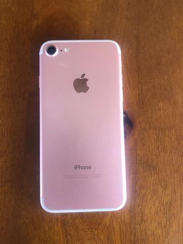 IPhone 7 32 GB aceito propostas ou troca + volta - Foto 3