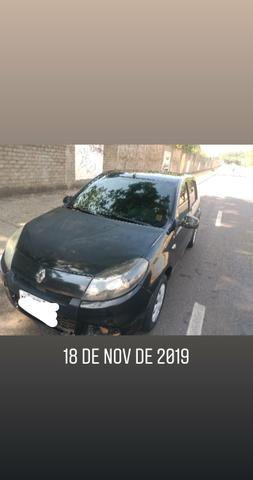 Vendo Sandero 1.0 - Foto 2