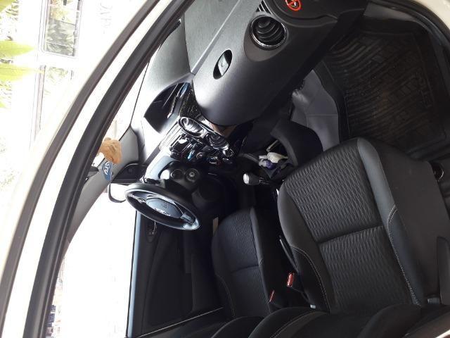 Etio Hatch, excelente - Foto 8