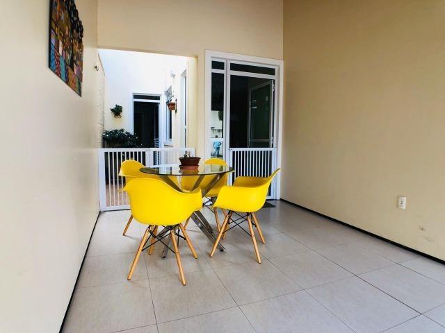CA0923 - Casa plana com 3 suítes, dependência e lazer completo em condomínio fechado - Foto 4