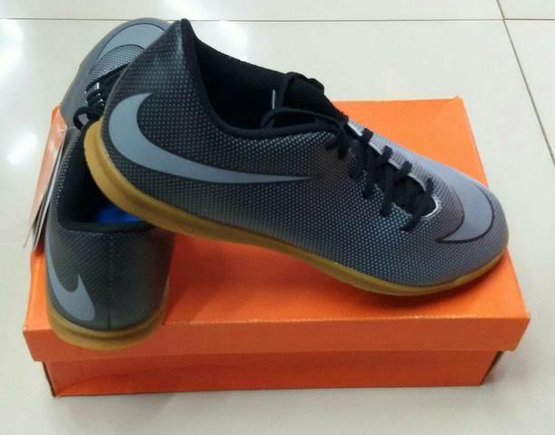 Chuteira Nike numeração 43  Nova e original - Esportes e ginástica ... ec15b66cc0219
