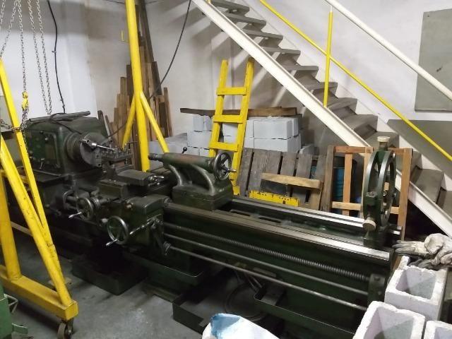 Torno mecânico marca Promeca modelo I-600 x 2.000mm. entre pontas