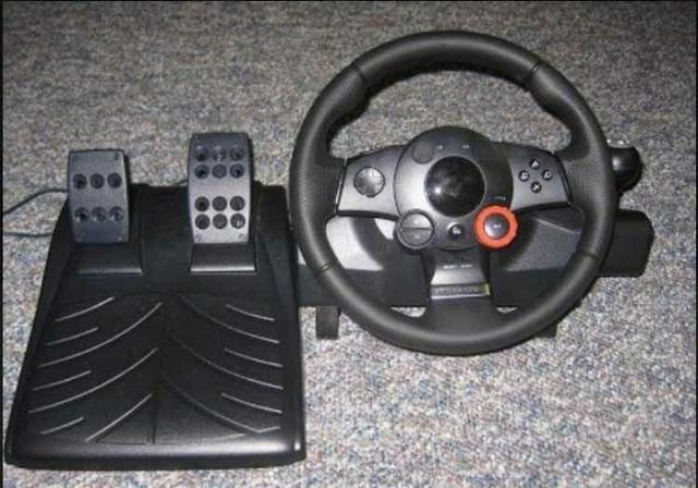 Volante - Logitech Driving Force GT