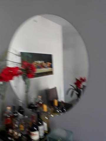 Vendo um espelho para decoração