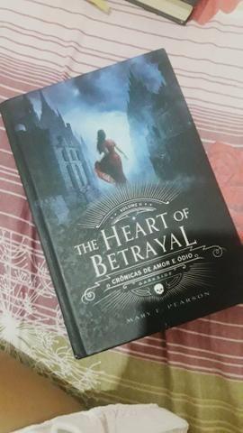 Livro The Heart of Betrayal (capa dura)