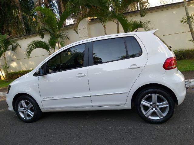 VW Fox Comfortline 1.6 Branco Impecável! - Foto 2