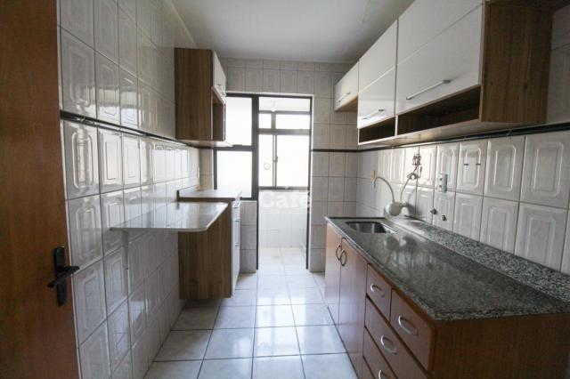 Apartamento central de 2 dormitórios com box. - Foto 5