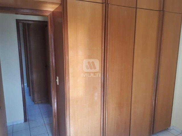 Apartamento para alugar com 3 dormitórios em Saraiva, Uberlândia cod:L13428 - Foto 2