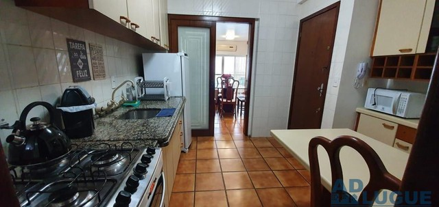 Amplo Apartamento 3 dorm suite sacada elevador garag. - Foto 2