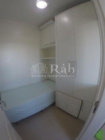 Apartamento a venda frente mar todo mobiliado no Edifício Beverly Hills na Barra Sul em Ba - Foto 20