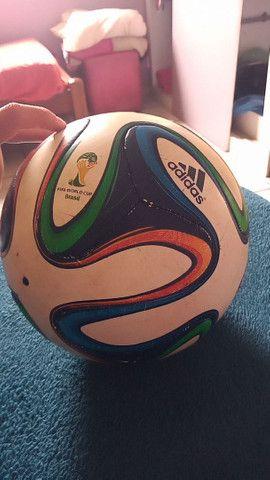 Bola Adidas horiginal copa 2014  - Foto 2