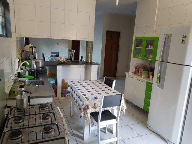 Excelente casa em zona comercial - Ideal para morar ou empreender.   - Foto 12