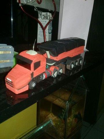 Miniatura da Scania 124 bicuda  - Foto 3