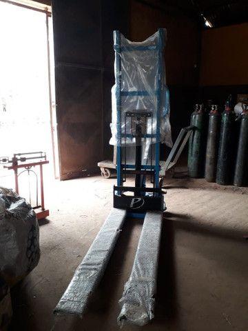 Empilhadeira de coluna hidráulica paletrans  - Foto 3