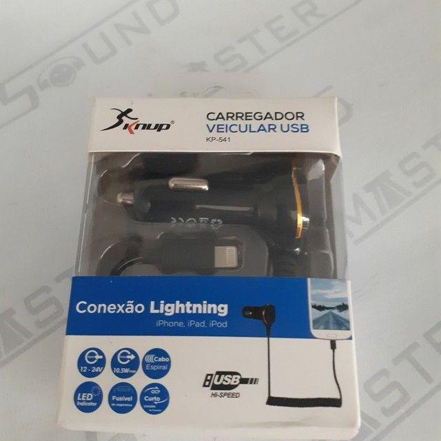 Kit carregador veícular. C/ uma entrada usb, Cabo fixo, com entrada lightning.  Novo. - Foto 2
