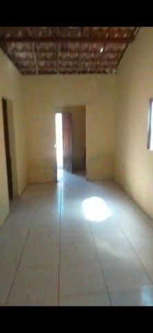 Vendo uma casa no interior de Araci