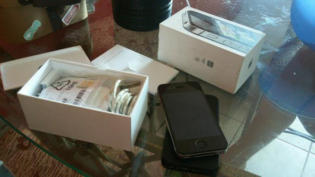 Iphone 4s 16 GB top