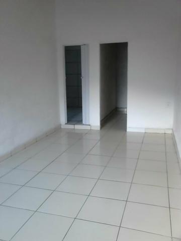 Vende-se casa ou troco por outra menor em Pacatuba