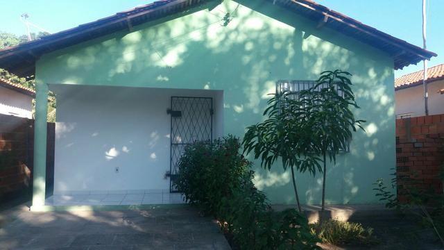 Aluga se uma casa em lagoa do piaui telefone 9943-7507 (zap)