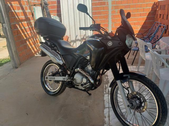 Vendo ou aceito troca como moto menor com volta pra mim - Foto 2
