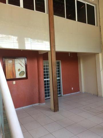 Casa plana,próximo avenida Godofredo Maciel,ótima Localização - Foto 2