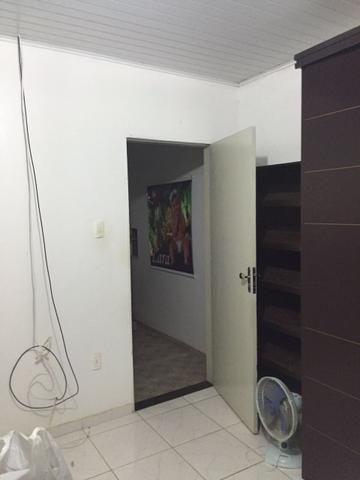 Oportunidade - Aluguel de Kitnet Próximo a Av. Brasil no Candeias - Foto 9