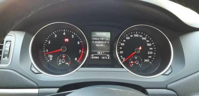 Volkswagen Jetta Confortline 1.4 TSI 17/18 - Pacote Premium - Foto 12