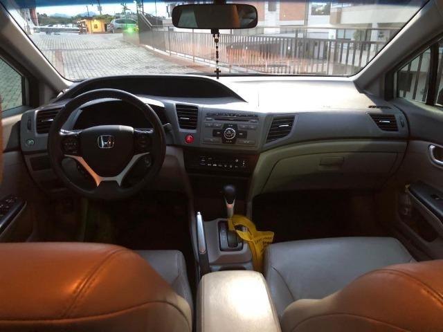 Única dona - Civic 2.0 LXR automático 2014 - Foto 6