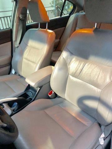 Única dona - Civic 2.0 LXR automático 2014 - Foto 13