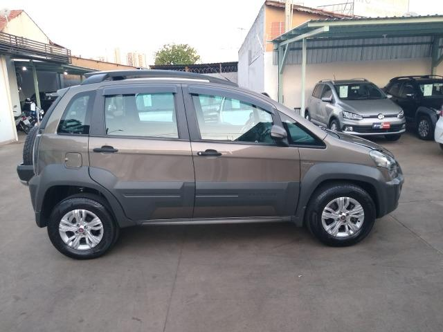 Fiat Idea Adventure 1.8 completa - muito nova - Foto 8