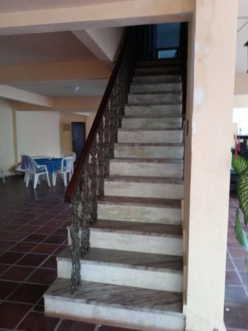 Casa de quatro quartos em Jucutuquara - Foto 3