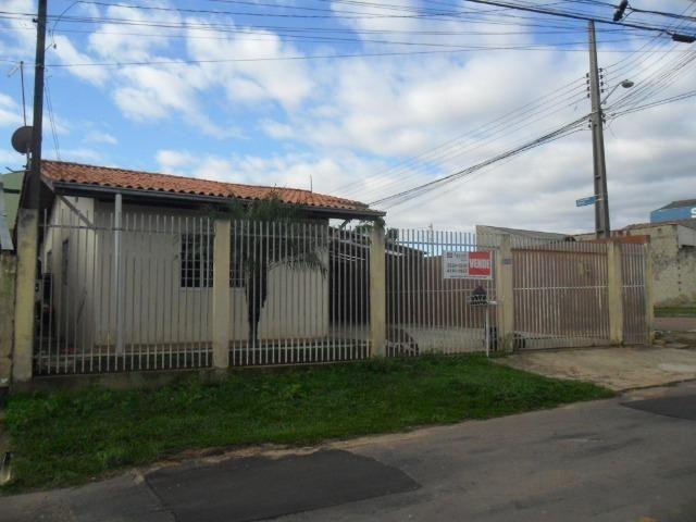 Casa com 03 dormitórios - Terreno de esquina - C120 - R$ 220.000,00 - Foto 2