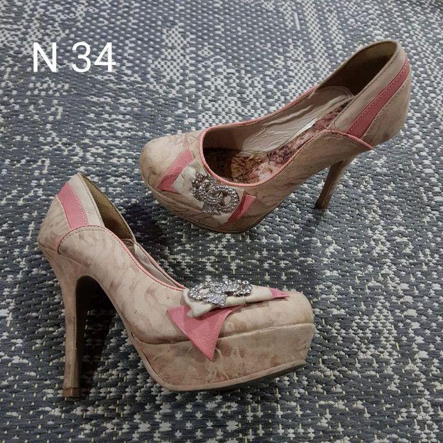 Sapatos e Botas femininos - Foto 4