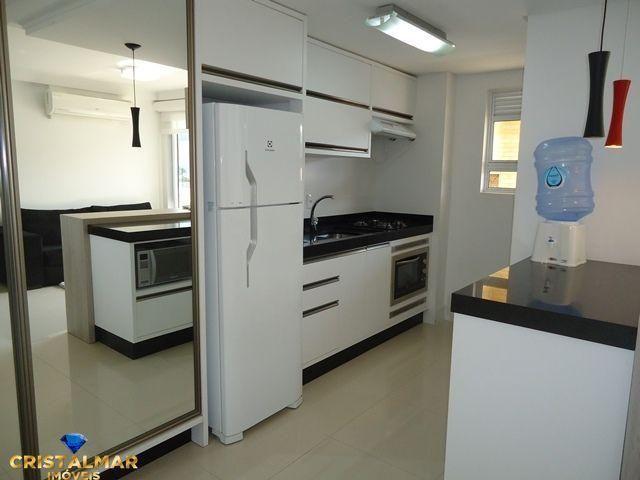 Apartamento novo e bem mobiliado - Foto 7