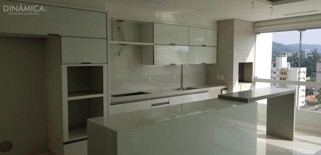 Apartamento com 3 suítes transformado em 02 suítes mais 01 dormitório, no bairro da Velha; - Foto 3