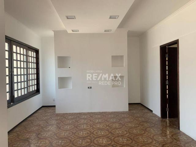 Casa com 3 dormitórios para alugar - Centro - Vinhedo/SP