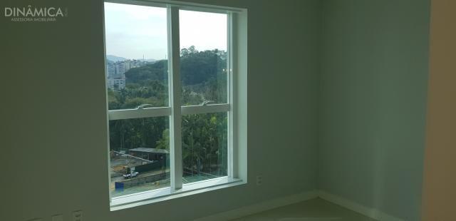 Apartamento com 3 suítes transformado em 02 suítes mais 01 dormitório, no bairro da Velha; - Foto 12
