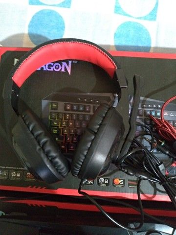 Kit Gamer Essentials Redragon Teclado E Mouse S101 - Foto 4