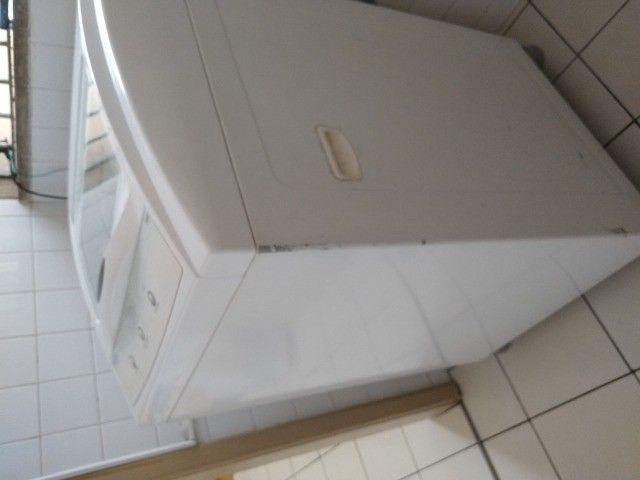 Máquina lavar roupas