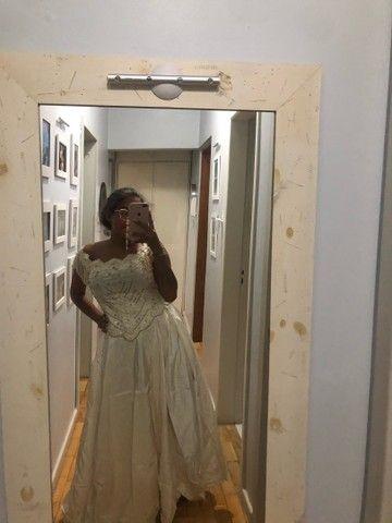 Vestido de debut / noiva bordado off white / perolado - Foto 4