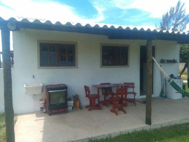 B 818 Linda Casa no Condomínio Gravatá I em Unamar  - Foto 3